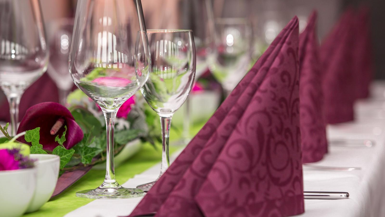 テーブルマナー